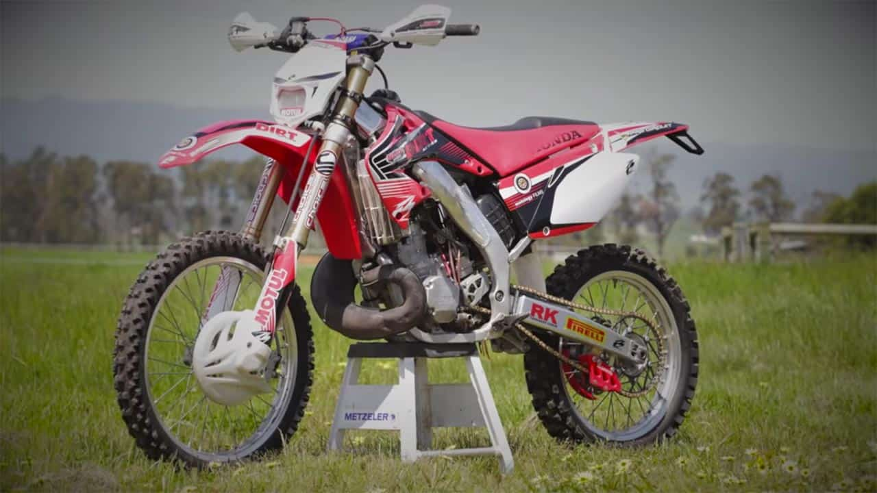 velocity disorder honda cr250r motology films. Black Bedroom Furniture Sets. Home Design Ideas